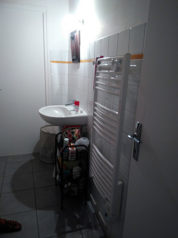 Location appartement St agreve 325€ CC - Photo 5