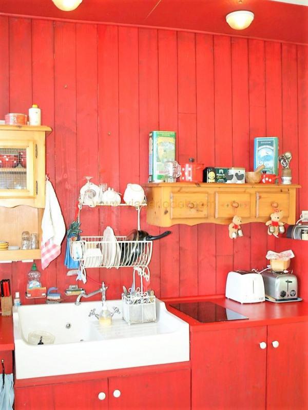 Revenda casa Saint-genest-malifaux 280000€ - Fotografia 11