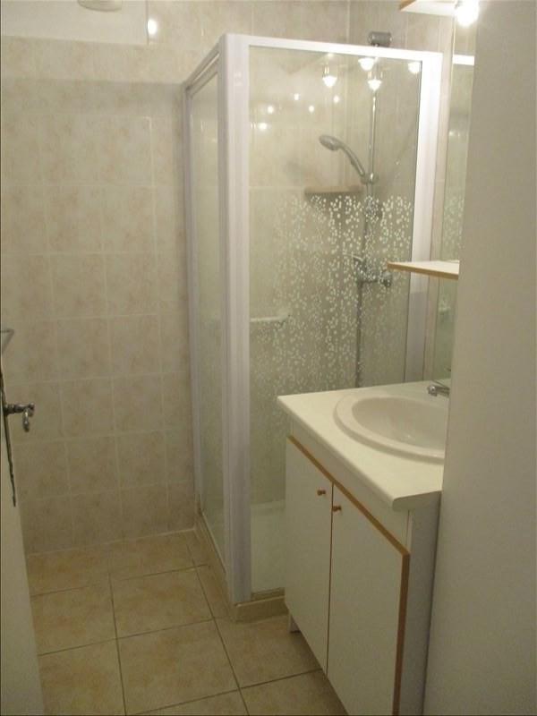 Verhuren  appartement Eyguieres 589€ CC - Foto 8