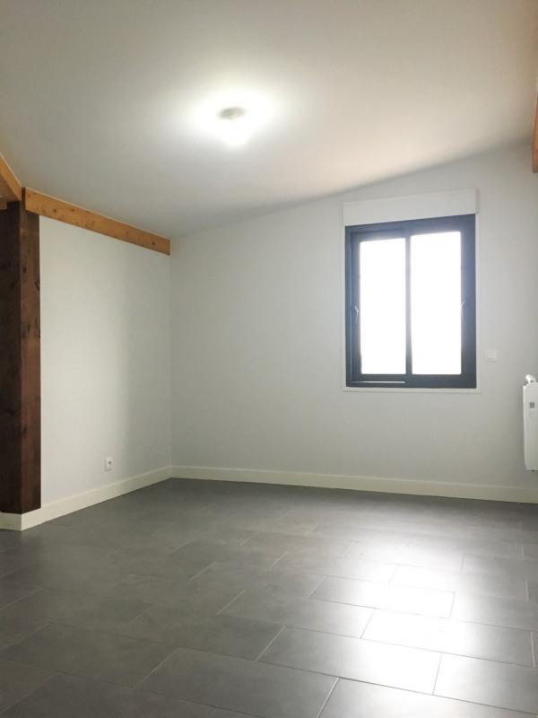 Location appartement Pierrelaye 920€ CC - Photo 10