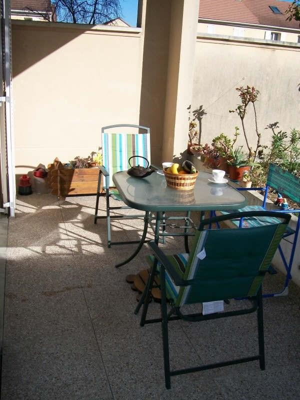 Sale apartment Emerainville 183000€ - Picture 1