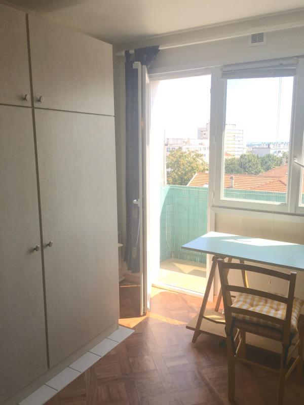 Rental apartment Montreuil 550€ CC - Picture 1