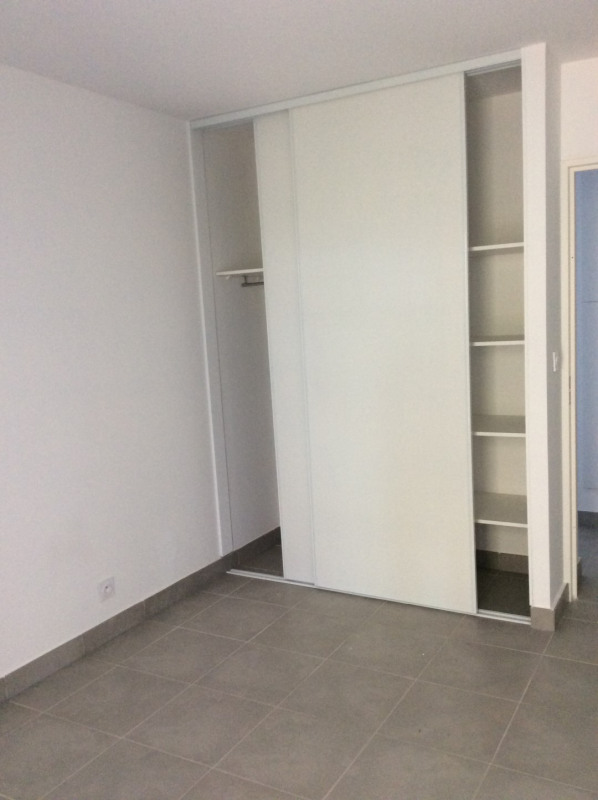 Location appartement Fréjus 1 040€ CC - Photo 7