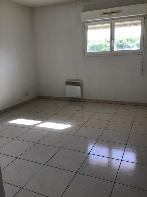 Rental apartment Fréjus 1 110€ CC - Picture 8