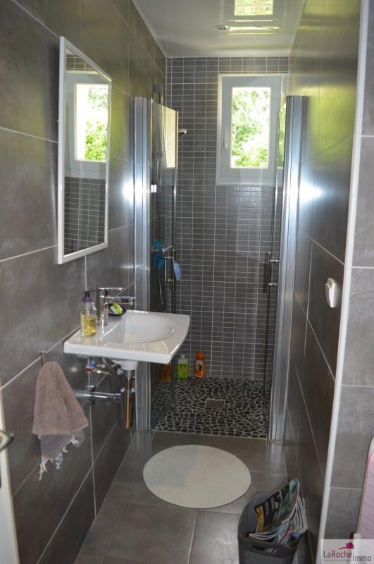 Sale house / villa La roche maurice 260000€ - Picture 6