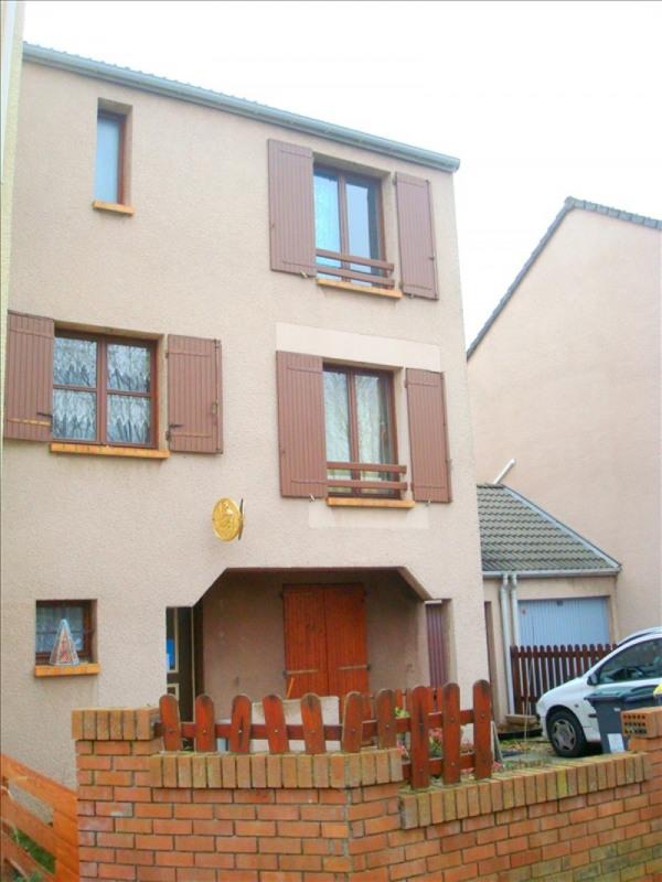 Sale house / villa Jouy le moutier 239000€ - Picture 1