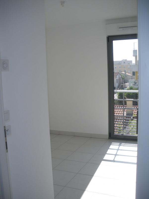 Rental apartment Saint-raphaël 1040€ CC - Picture 6