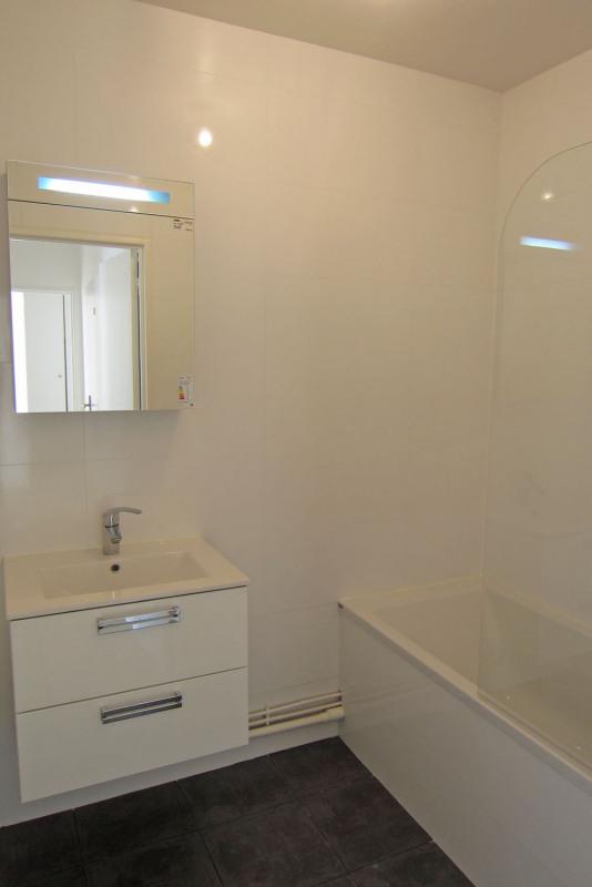 Rental apartment Rueil-malmaison 817€ CC - Picture 10
