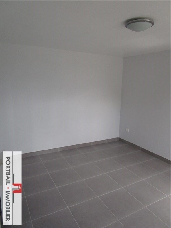 Location maison / villa Blaye 650€ CC - Photo 7