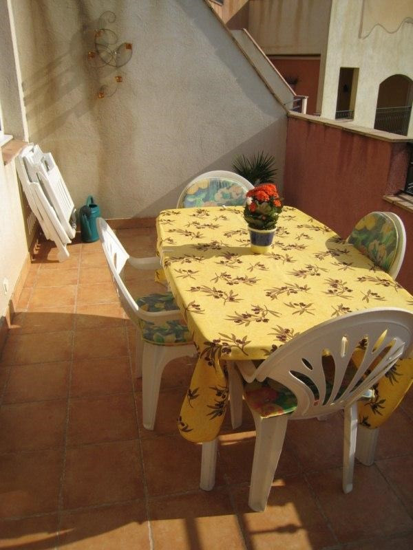 Location vacances appartement Cavalaire 550€ - Photo 4