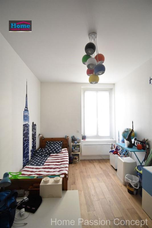 Sale apartment La garenne colombes 362500€ - Picture 8