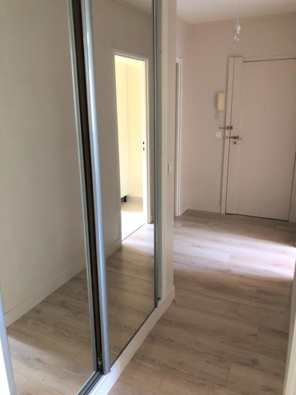 Rental apartment Le plessis-bouchard 958€ CC - Picture 5