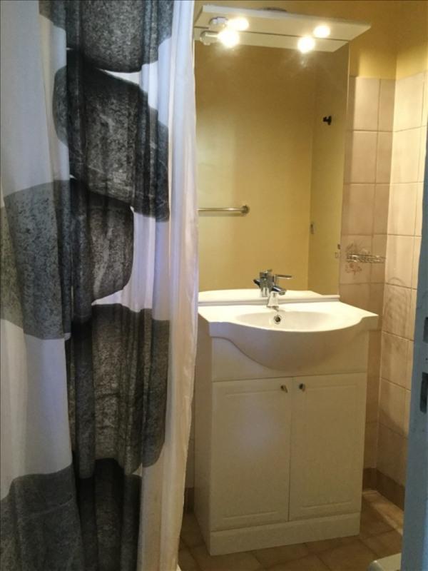 Location appartement Tournon-sur-rhone 320€ CC - Photo 3