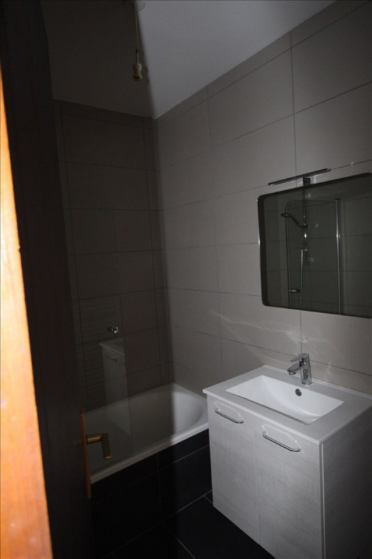 Location appartement Sallanches 580€ CC - Photo 5