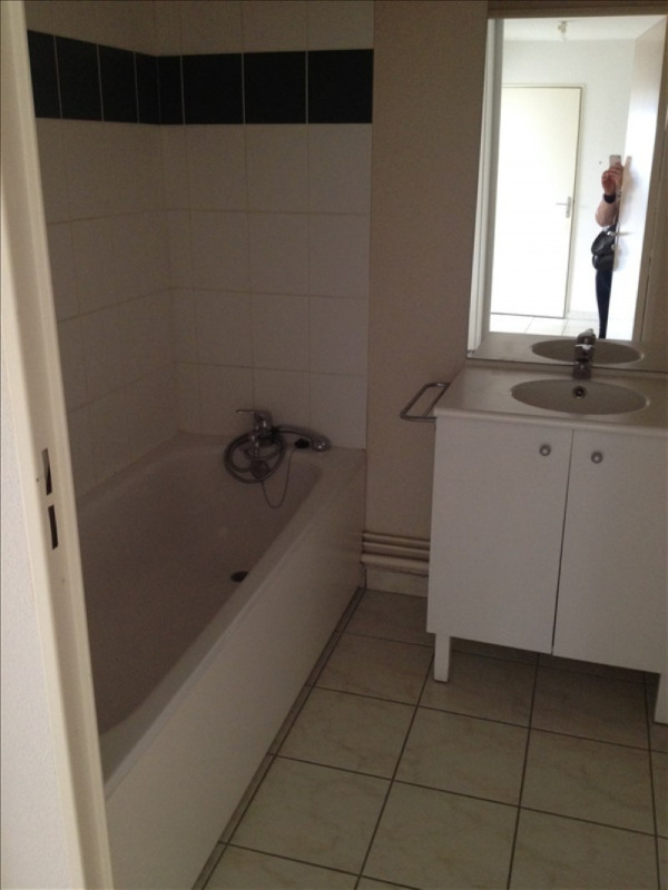 Rental apartment Vendome 490€ CC - Picture 8