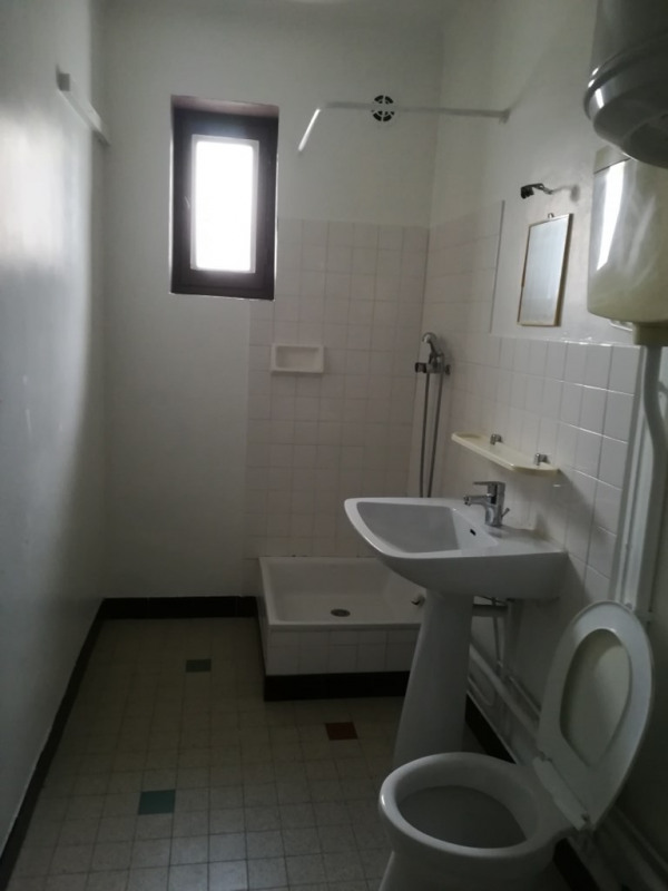 Location appartement Genas 590€ CC - Photo 2