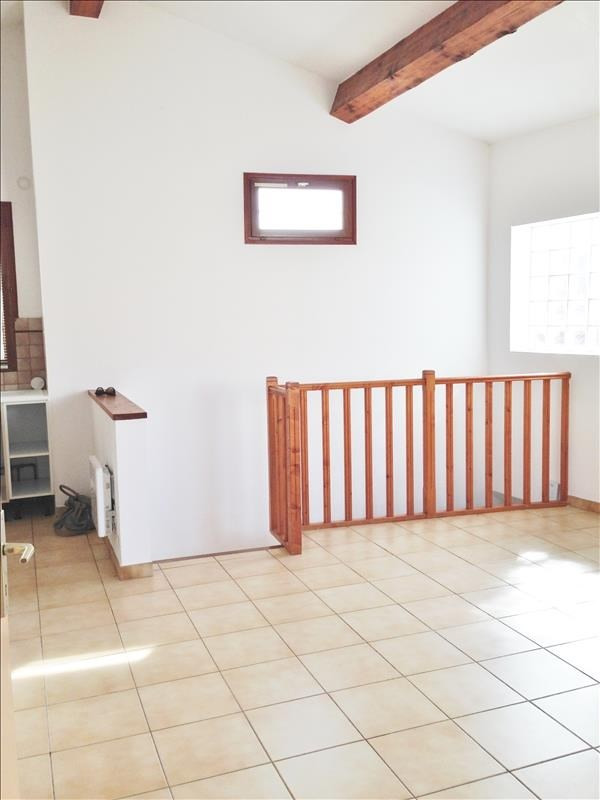 Location appartement Gemenos 750€ CC - Photo 2