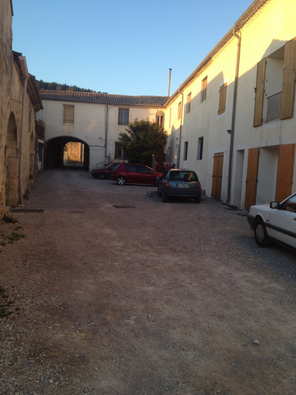 Rental apartment Nages-et-solorgues 360€ CC - Picture 1