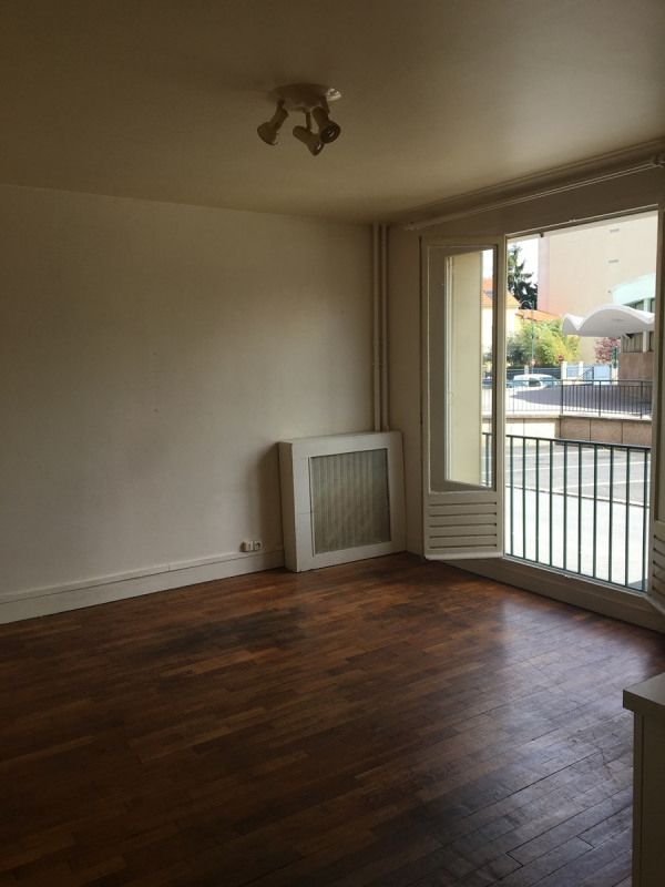 Rental apartment La garenne colombes 640€ CC - Picture 2