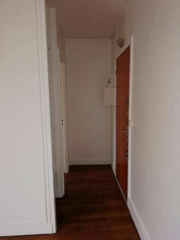 Rental apartment La garenne colombes 640€ CC - Picture 2