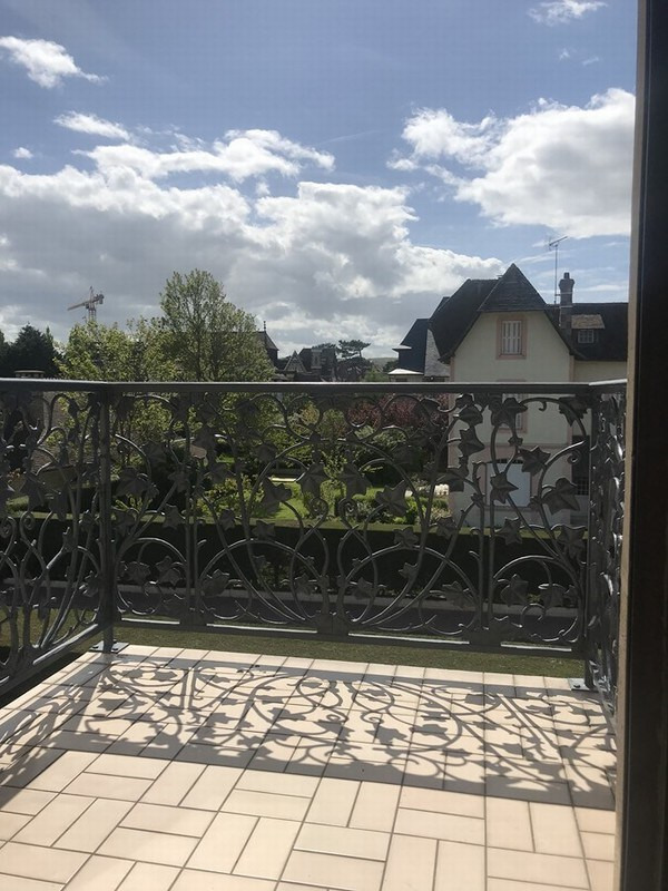 Sale apartment Deauville 275 600€ - Picture 6