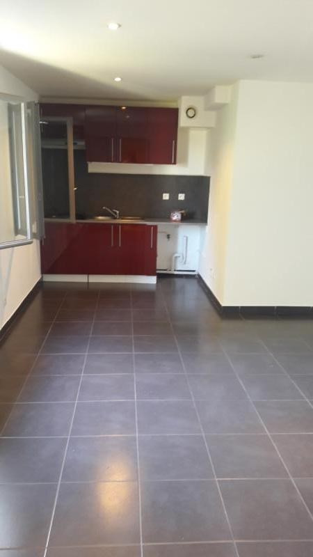Location appartement Millery 600€ CC - Photo 1