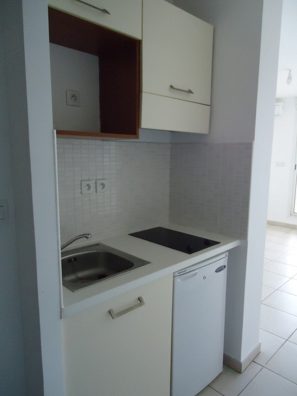 Location appartement Ste clotilde 380€ CC - Photo 4