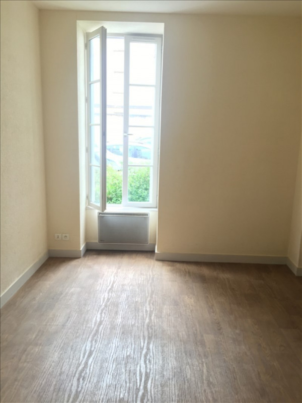 Location appartement Poitiers 520€ CC - Photo 2