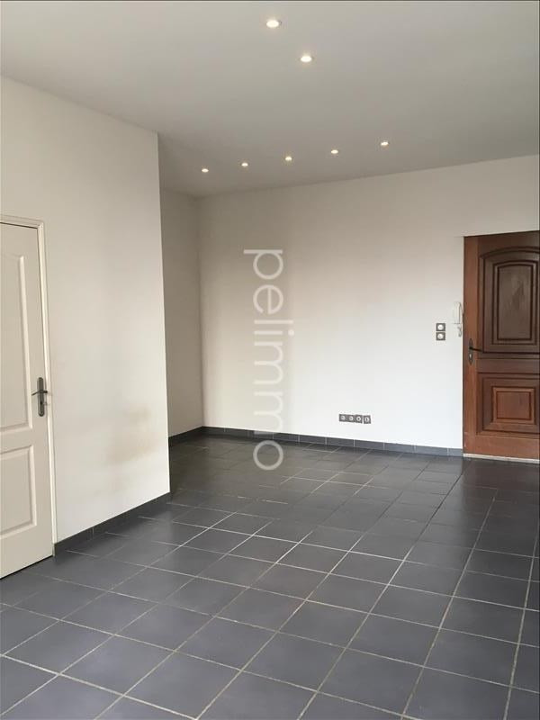 Location appartement Salon de provence 520€ CC - Photo 1