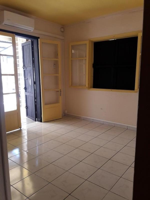 Investment property building St denis 375 000€ - Picture 2