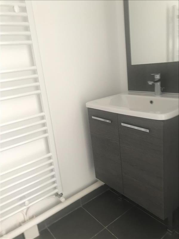 Rental apartment Dugny 853€ CC - Picture 4
