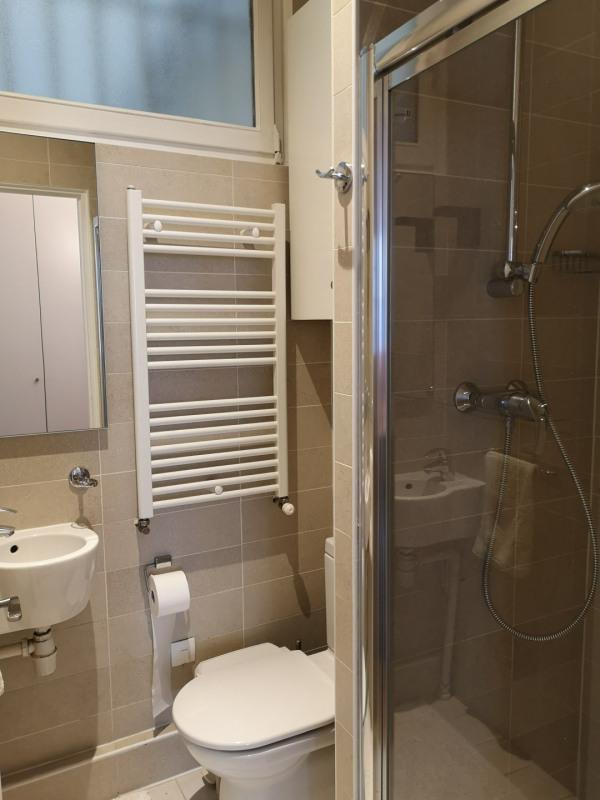 Location appartement Paris 1er 4800€ CC - Photo 10