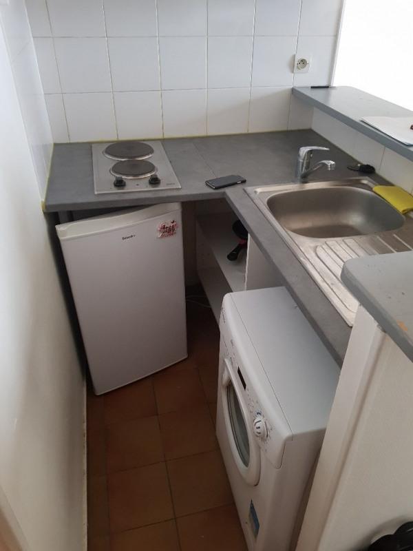 Rental apartment Paris 8ème 905€ CC - Picture 5