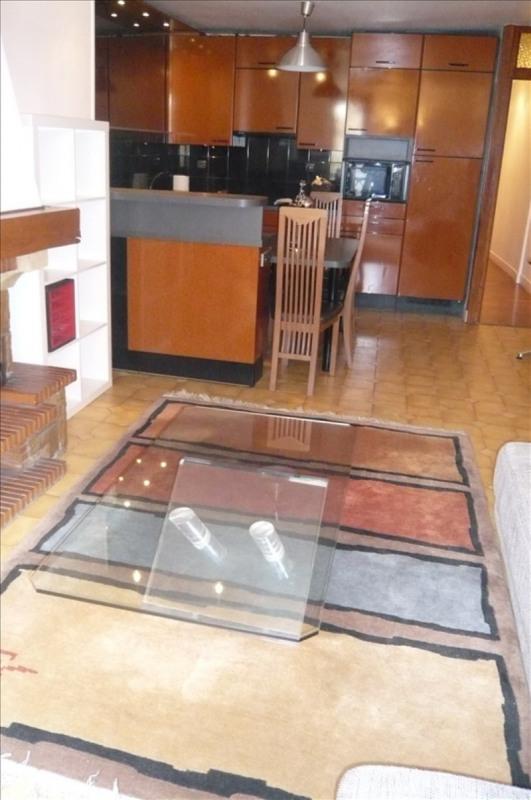 Rental apartment Paris 1er 1900€ CC - Picture 2