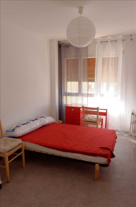 Location appartement Aix en provence 830€ CC - Photo 3