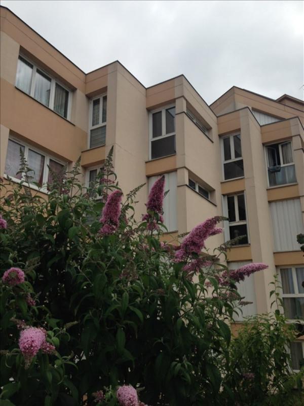 Rental apartment Poissy 665€ CC - Picture 2