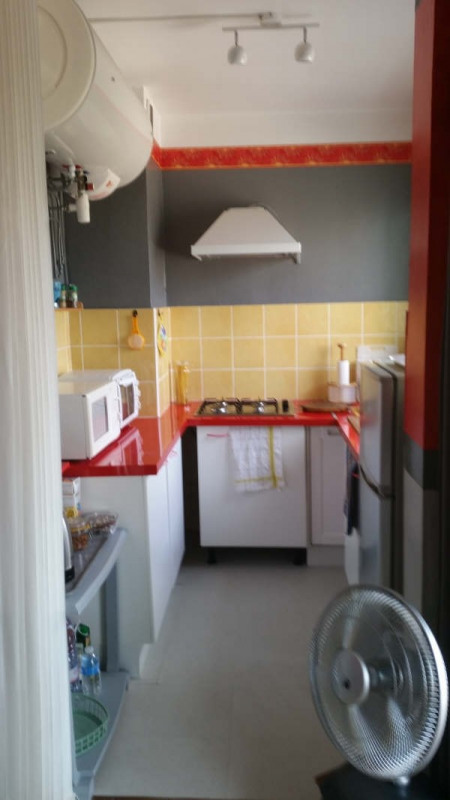 Sale apartment Hyeres 130 000€ - Picture 4