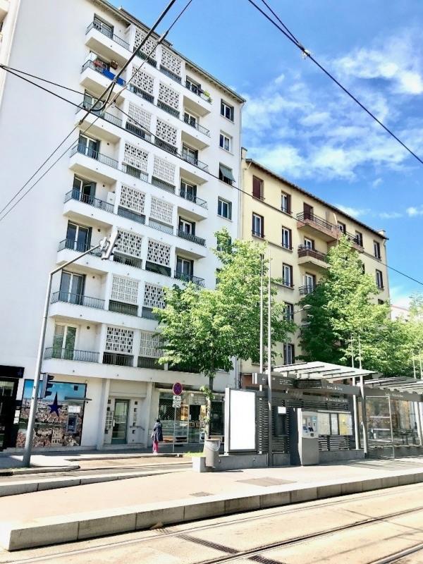 Vendita locale Lyon 8ème 240000€ - Fotografia 7