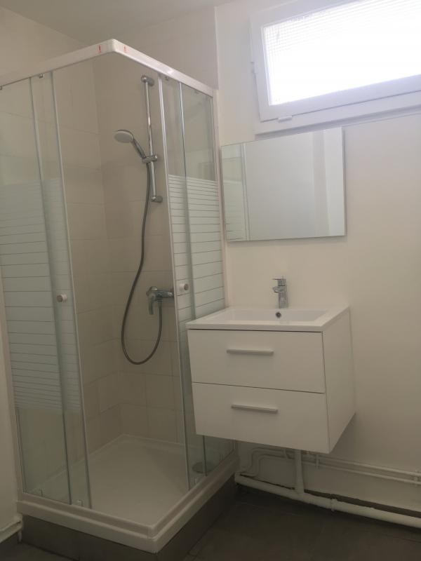 Location appartement Poissy 900€ CC - Photo 5