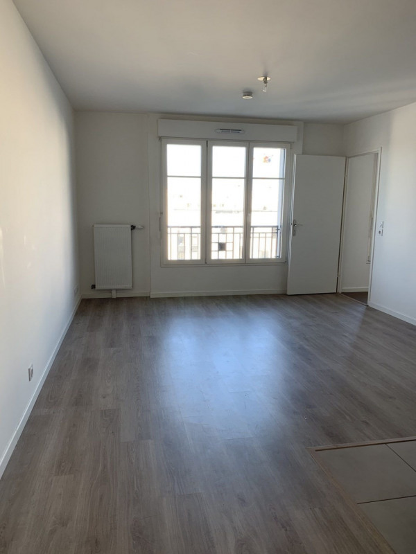 Location appartement Chessy 776€ CC - Photo 2