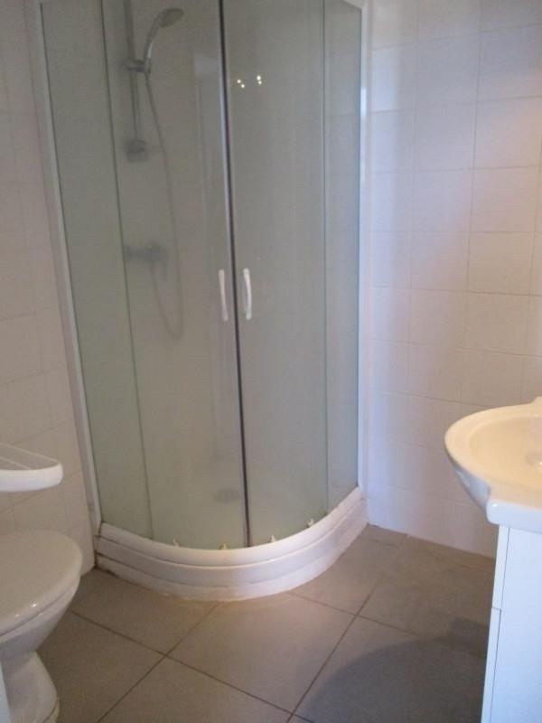 Verhuren  appartement Salon de provence 586€ CC - Foto 6