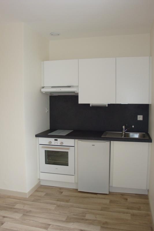 Rental apartment Vannes 460€ CC - Picture 1