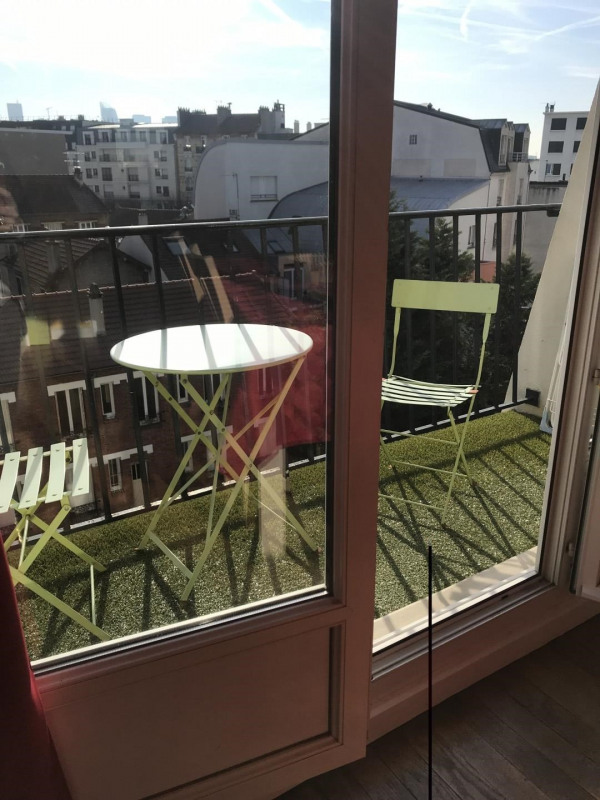 Sale apartment La garenne colombes 300000€ - Picture 1