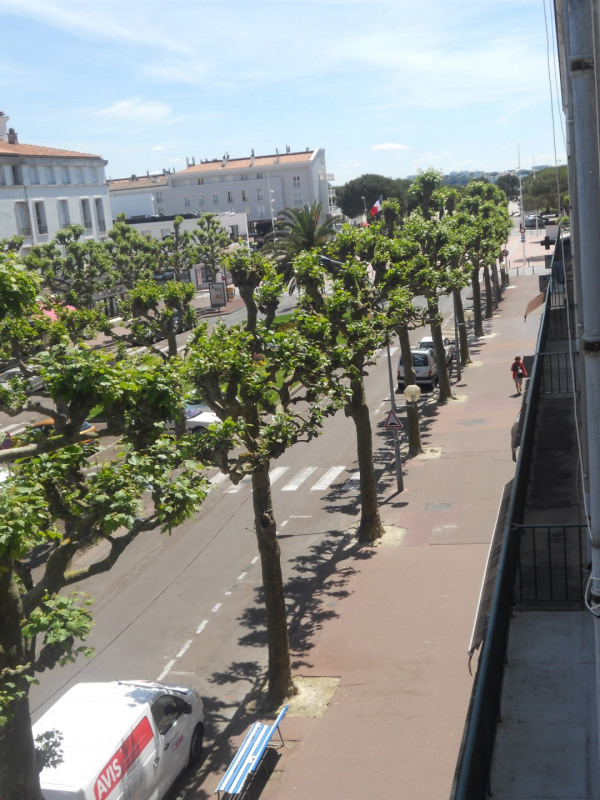 Vacation rental apartment Royan 596€ - Picture 1