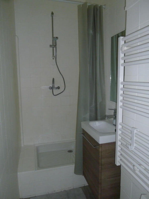Rental apartment Oullins 642€ CC - Picture 6