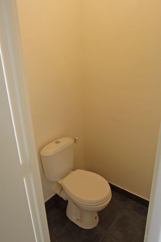 Rental apartment Rueil-malmaison 817€ CC - Picture 18
