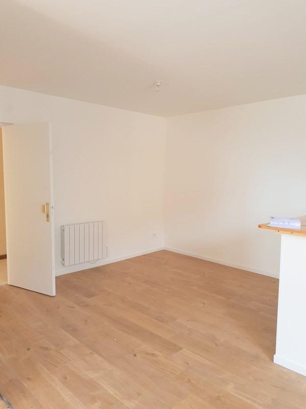 Rental apartment Lozanne 590€ CC - Picture 8