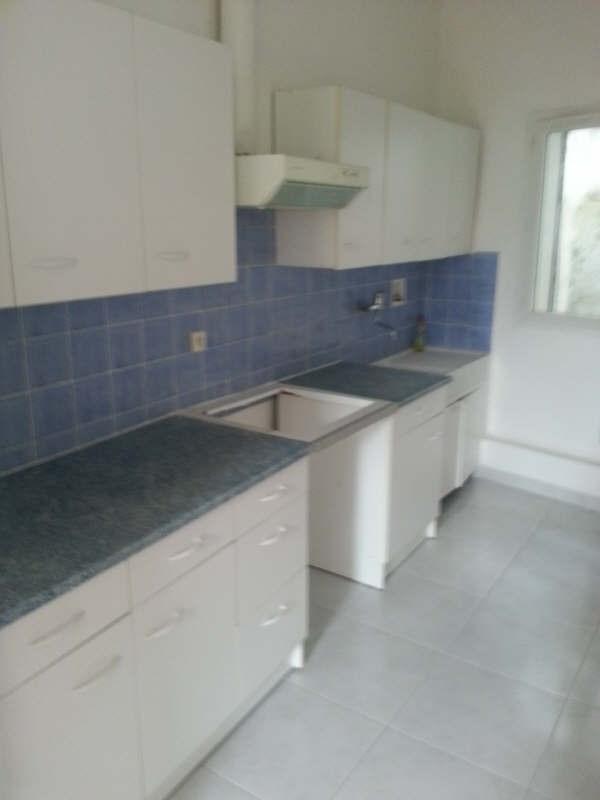 Location appartement Grans 470€ CC - Photo 4