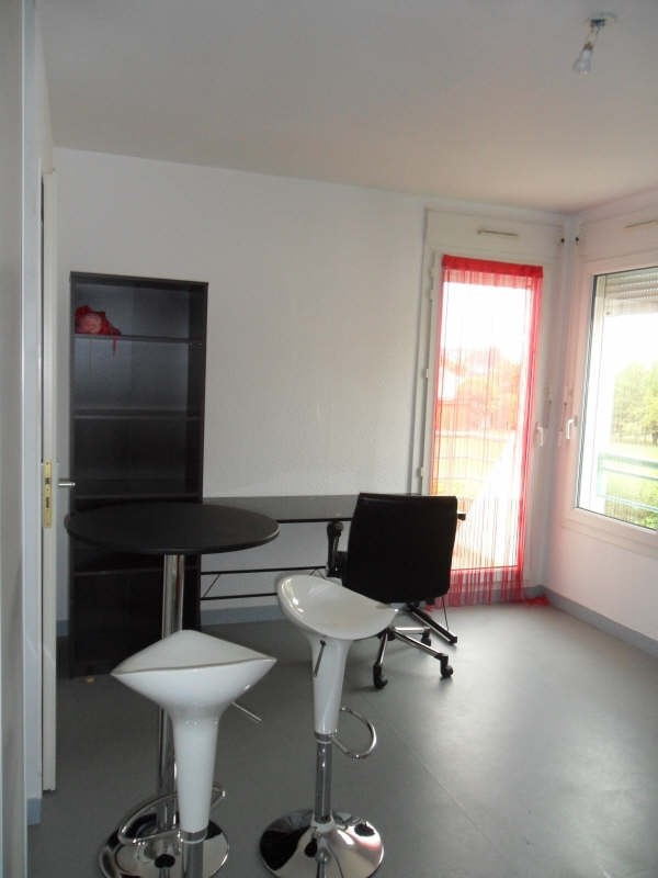 Rental apartment Poitiers 420€ CC - Picture 1
