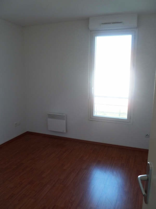 Rental apartment Seilh 639€ CC - Picture 7